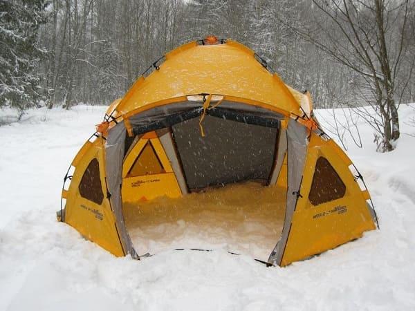 Большая палатка для зимней рыбалки