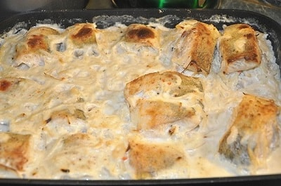 щука с картошкой со сметаной в духовке